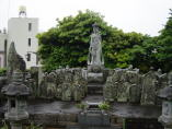 Juichimen Kannon (11-Headed Kannon) at Zenyo-in (Inatori City)